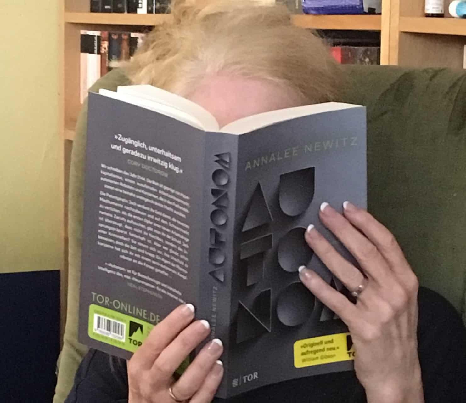 Autonom Annalee Newitz Sciencefiction Literaturblog Schreibblogg