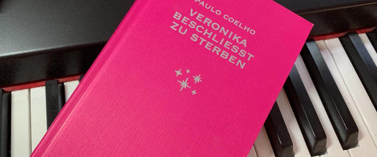 """""""Veronika beschließt zu sterben"""" von Paulo Coelho"""